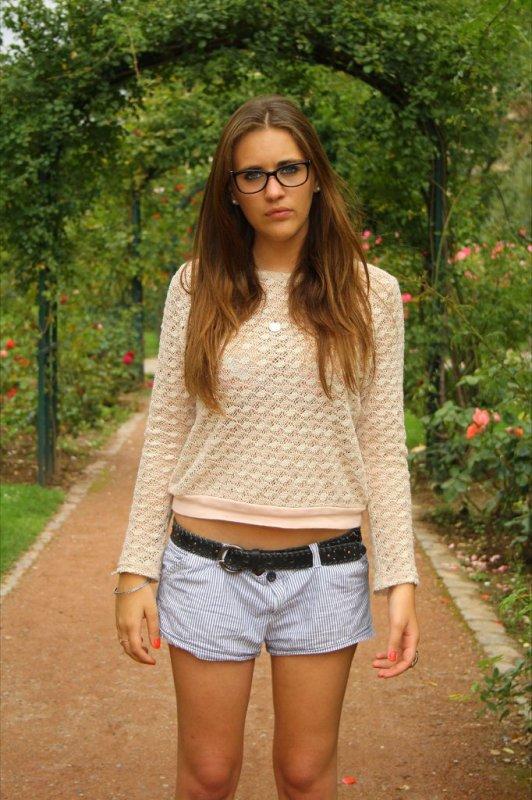 Femmes a lunettes