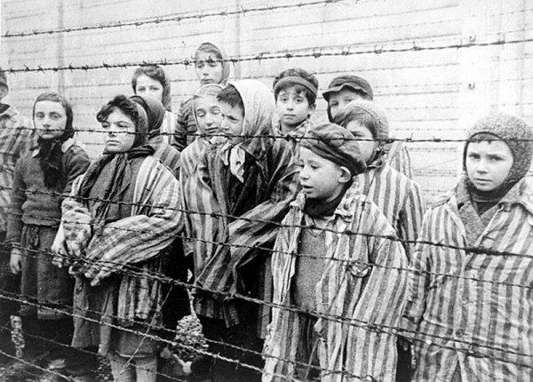 Criminels Nazis (9310)