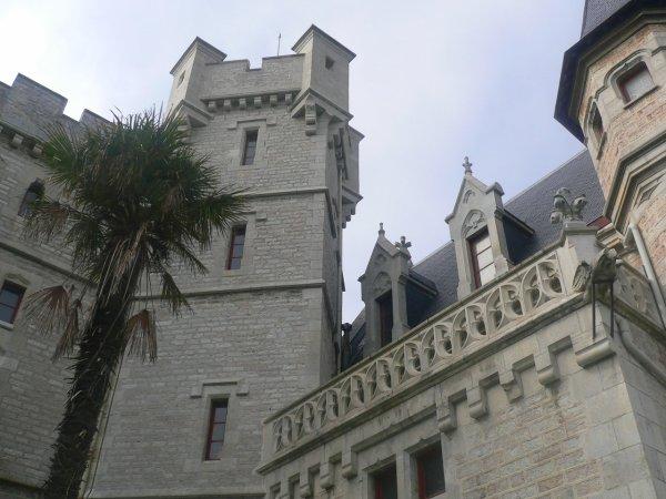 Des Châteaux  (9825)