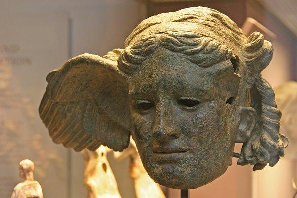 Des Déesses et des Dieux grecs   (8496)