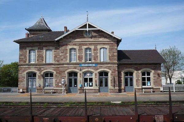 Un Train Touristique (8538)