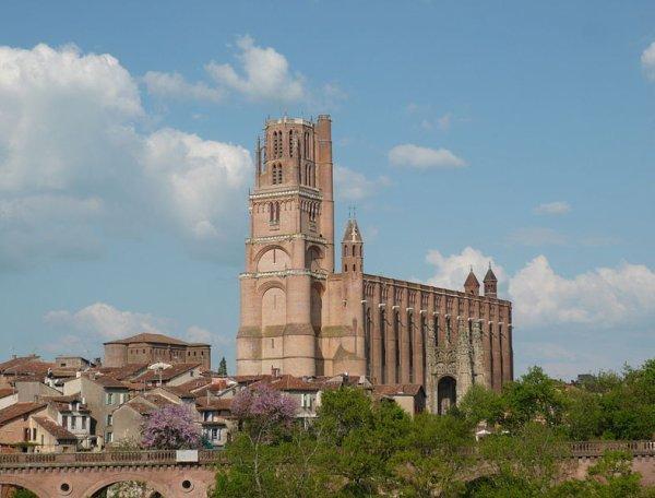 Des Cathédrales   (10599)