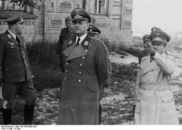 Des Criminels Nazis  (10282)