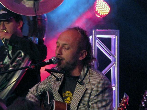 Chanteur Québécois   (7687)