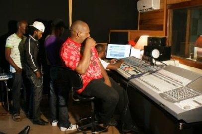 En studio pour l'album MBONGE