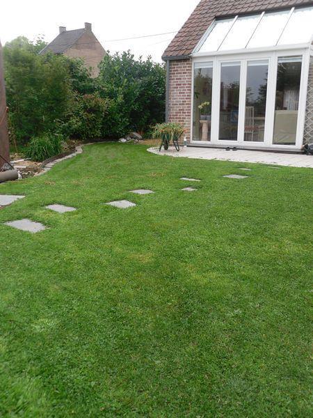 Cr ation ou r paration de pelouse ma onnerie pavage et for Creation pelouse