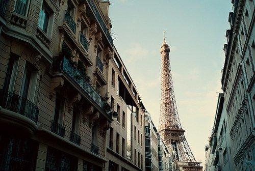 Paris mon beau Paris.