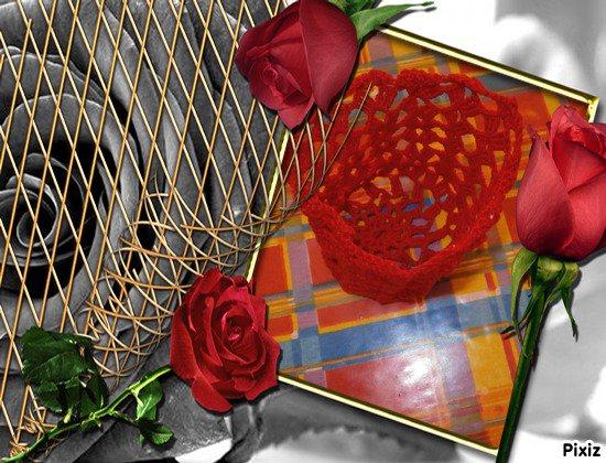 vase en crochet en rouge