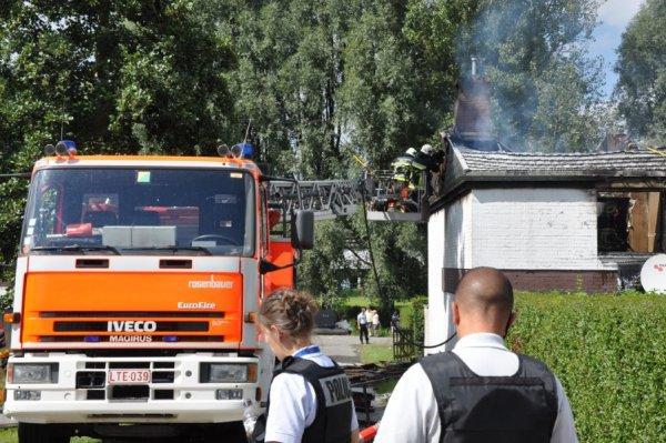 Un violent incendie endommage six habitations à Marbais ( Villers-la-Ville ) , Samedi le 1 septembre 2012
