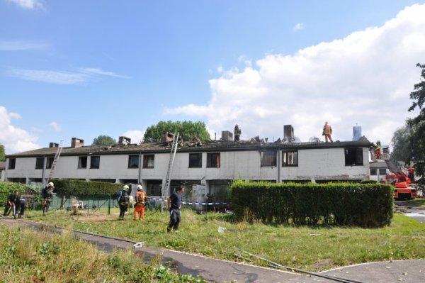 Un violent incendie endommage six habitations à Marbais , Samedi le 1 Septembre 2012