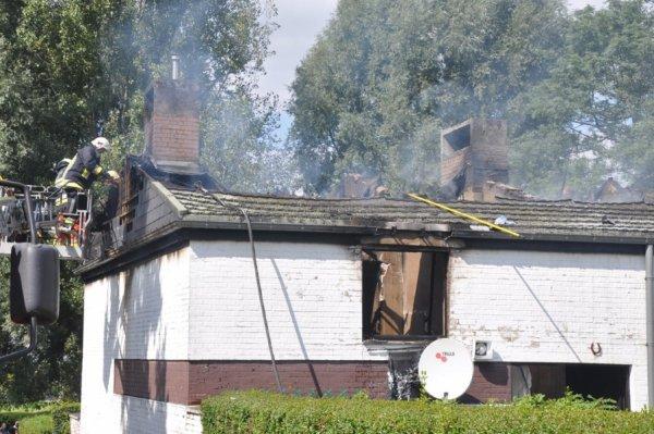Un violent incendie endommage six habitations à Marbais ( Villers-la-Ville ) Samedi le 1 Septembre 2012