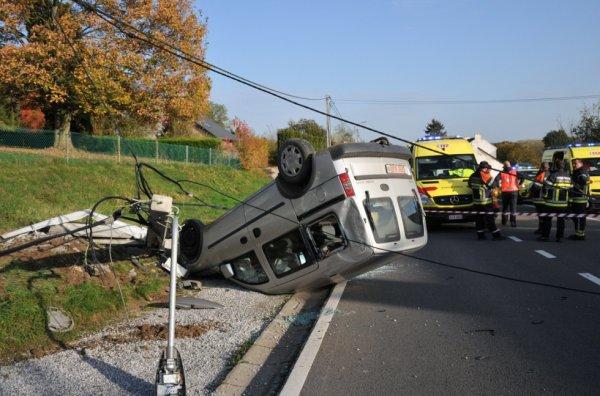 Virage mal négocié à Biesme : trois blessés , Le 21 octobre 2012