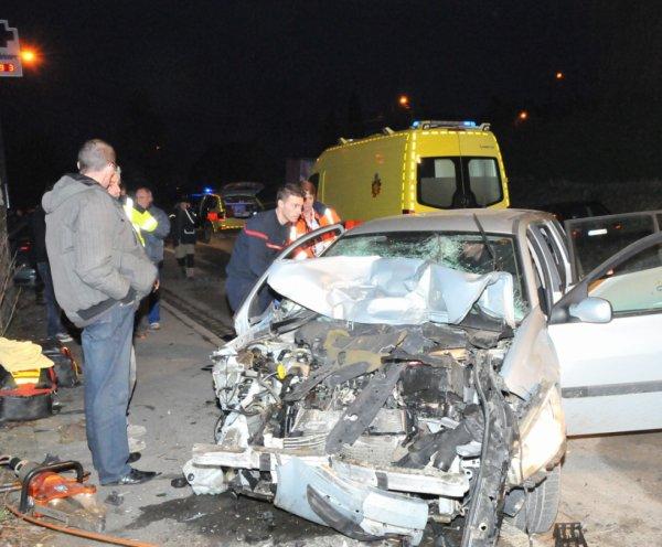 Passagère blessée… et conductrice arrêtée à Velaine-sur-Sambre , le 29 mars 2013