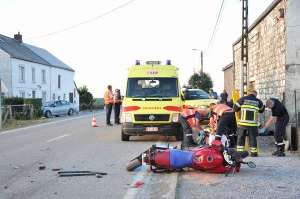 Un motard Sambrevillois succombes de ses blessures à Fosses-la-Ville , le 11 août 2012