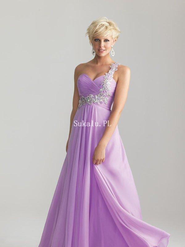 Szukasz Tanie sukienki Online