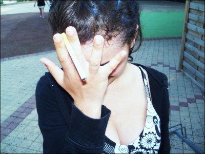 _ L'amour peut tout brisé, même une Vraie amitié. Si une Amie te laisse tomber pour un Garçon. C'est que depuis le début se n'était pas une vraie Amie...