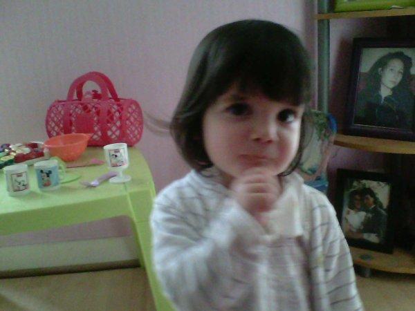 ma petit fille trop jolie