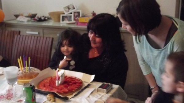 anniversaire de louane et mamie