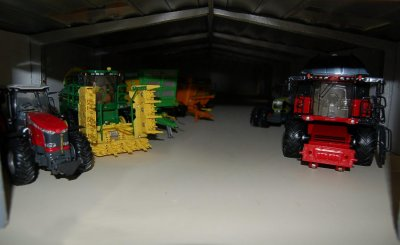 Construction hangar matériel