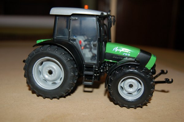 Deutz Fahr Agrofarm  K 100 ...