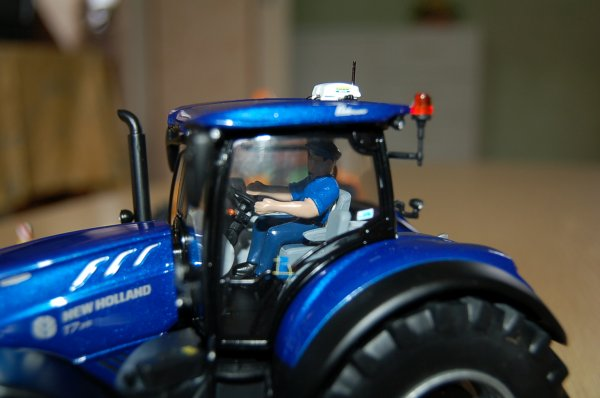 New Holland T 7.315 ...