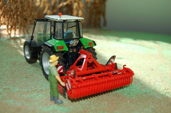 Cultivateur Kuhn CD 3020