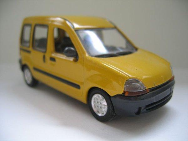 miniature SOLIDO