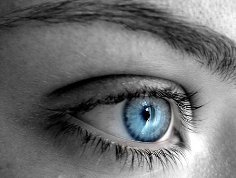 l 39 ombre a paupiere pour les yeux bleus blog de conseil beaute x3. Black Bedroom Furniture Sets. Home Design Ideas