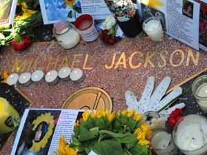 La tombe de Michael Jackson payante