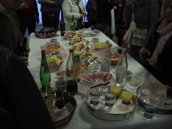 Table bien fournie