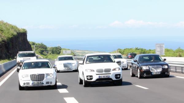 Voiture de mariage de luxe à la Réunion  ( 0692 54 93 58 )