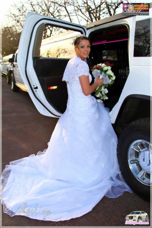 VOITURE DE MARIAGE ENTERREMENT DE VIE DE JEUNE FILLE 974