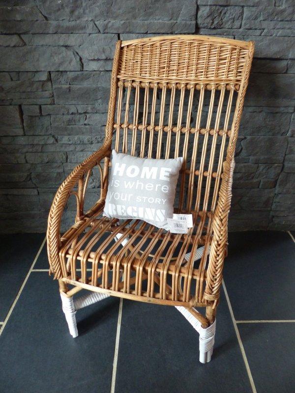 le fauteuil pour enfant en osier esprit nordique mes. Black Bedroom Furniture Sets. Home Design Ideas
