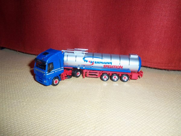 IVECO STRALIS HERPA