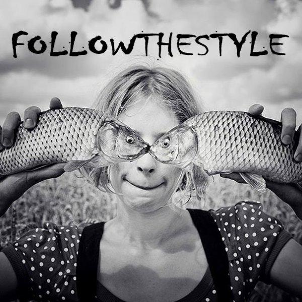 Les hommes, c'est comme les poissons : c'est la queue qui leurs fait changer de direction !