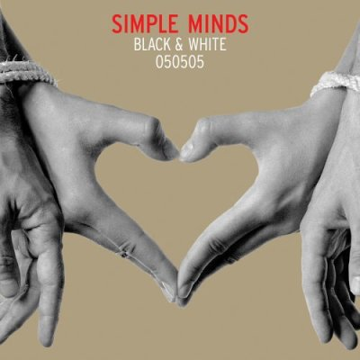 BLACK & WHITE 050505 // Simple Minds / Kiss The Ground (2005)