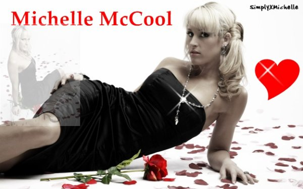 Michelle McCool: ♥♥