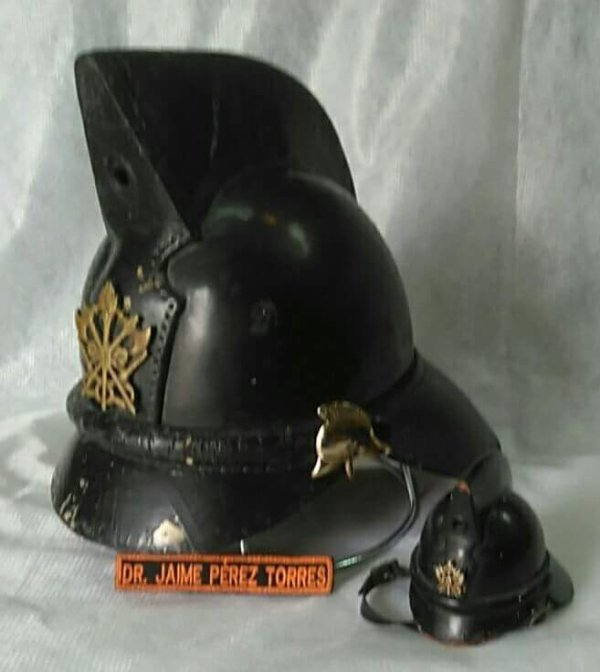 Mexican firefighter helmet Traditional
