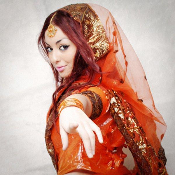 Sari orange
