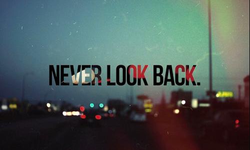 On ne peut pas revenir en arrière ; c'est pas facile de choisir, il faut faire le bon choix. Tant qu'on ne choisit pas tout le reste est possible.