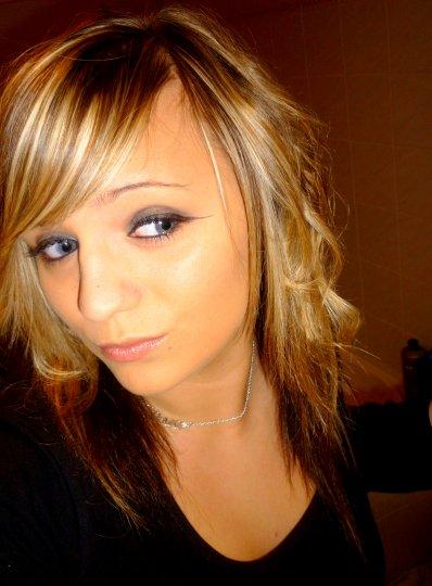 Faut souffrir pour être belle ; alors avec tout ce que j'ai vecu, je devrais être top model. [...]