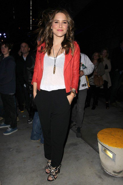 Tenue de Sophia Bush