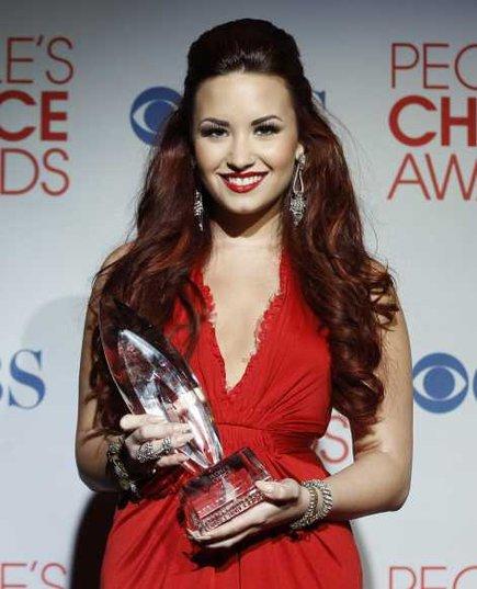 Différentes coiffures de Demi Lovato.