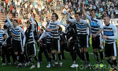 WE ARE THE CHAMPIONS 2012