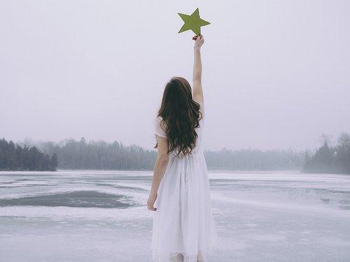 Je crois que, lorsque vous avez de grands rêves, vous attirez d'autres grands rêveurs.