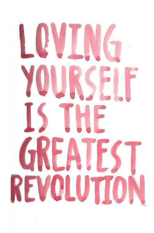 Etre beau signifie être soi-même. Tu n'as pas besoin d'être accepté des autres. Tu as besoin de t'accepter toi-même.