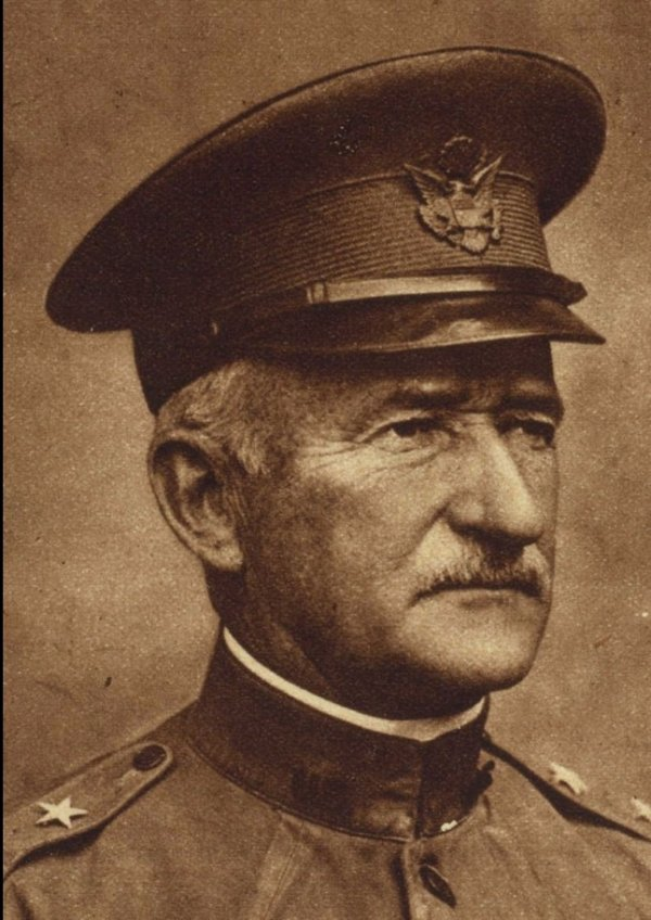 Gen Clarence E Edwards