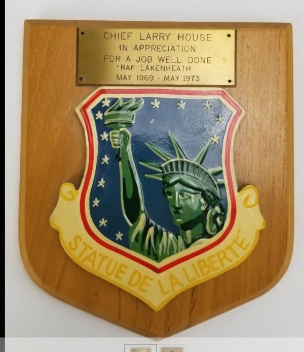 1969-1973-Statue-De-La-Liberte-Air-Force-Plaque