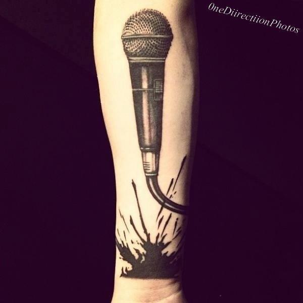 Nouveau tatouage de Zayn._♥