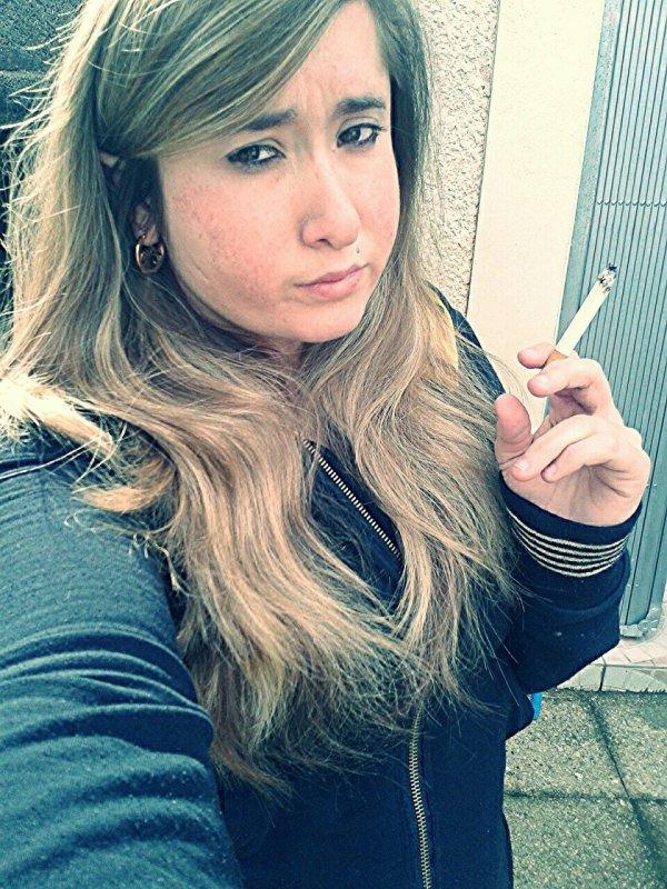 Fume avent que la vie elle te fume a son tour !! (;